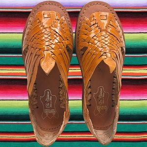 WOMENS LEATHER MEXICAN HUARACHE SANDALS